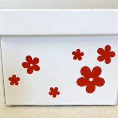 Geschenksbox mit Blumen