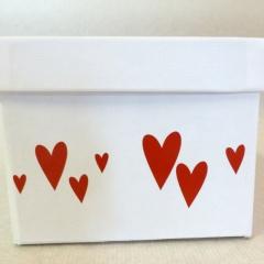 Geschenksbox mit Herzen / Hochzeit mit Datum