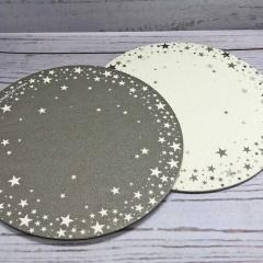 Glasuntersetzer mit Sternen